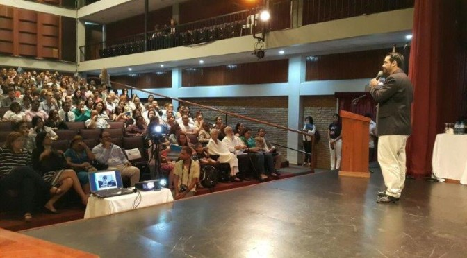 Charla Diplomado Social Media Instituto Cultural Dominico – Americano